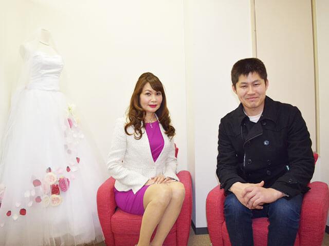 インタビューの時、仲人の植草さんと秋山さん。持ち前の誠実さが実を結び、ご成婚につながったそう。