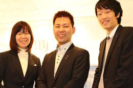 結婚相談所の成功は情熱にかかっている!と語った五藤社長と奥様(左)、IBJ担当スタッフ土屋(右)。
