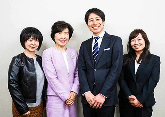 穰二さん、須美子さんとこの日出勤していたスタッフ達。